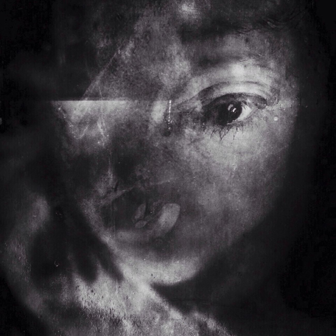 Me and myself. Internal focusing NEM Black&white NEM Self Bw_collection EyeEmBestEdits