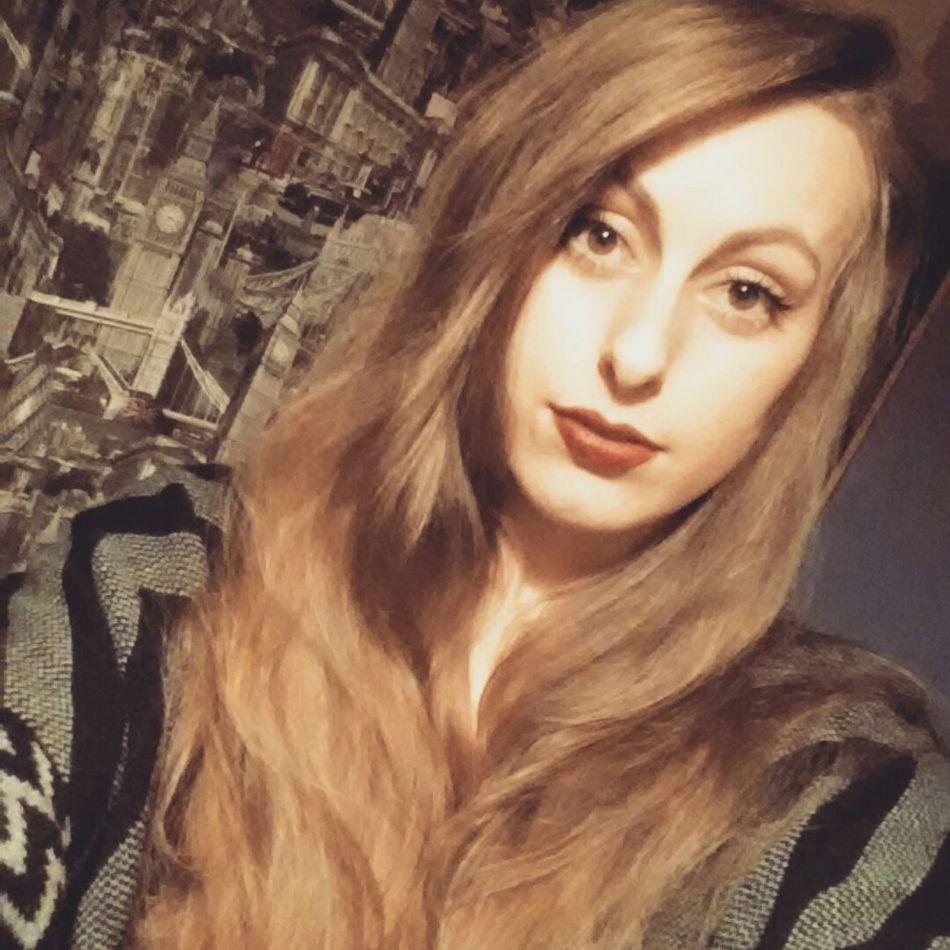 This is my serious face 😎 Brondehair Redlips Longhair Brown Eyes