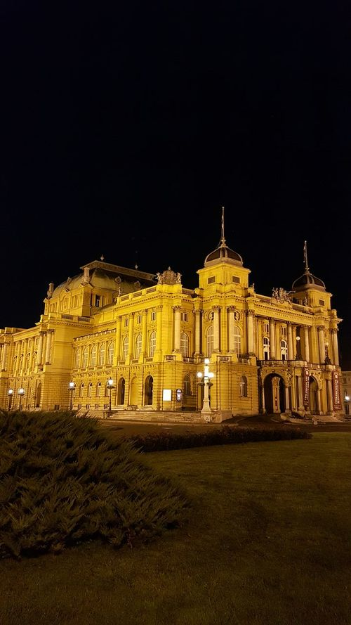 Croatia Zagreb Summer 2015 Relaxing Moments Good Time Good Friends Right Light Happy Thoughts Theatre