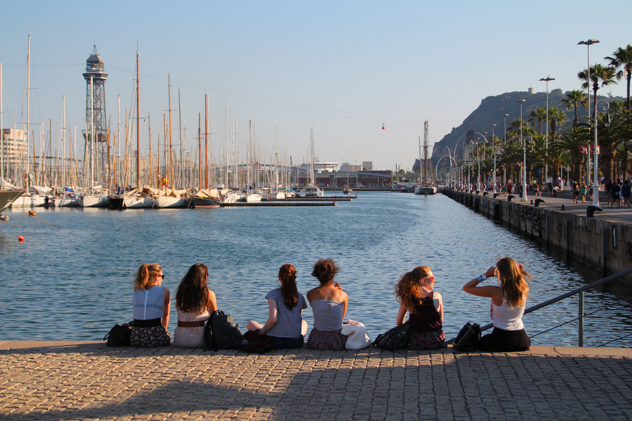 Ladies' day out Barcelona Portvell Portvellbarcelona Hanging Out Taking Photos Check This Out Enjoying Life Showcase: January EyeEmBestPics Eyem Gallery CanonEOS650D Canonphotography Chilling Out Streetphotography Street Photography Street Life Streetphoto Ladiesdayout LadiesONLY  Boats Mediterranean Sea Mediterraneamente