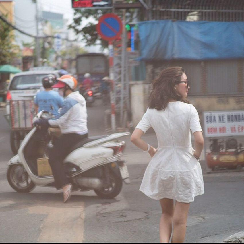 Danger crossing in Ho Chi Minh, Vietnam Vietnam Danger Hcm Hochiminh Motorbike Motorcycle Motorcycles Bike Ride RideOut Biker Bikergang Helmet Cycle Bikelife Streetbike CC Instabike Instagood Instamotor Photooftheday InstaMotorcycle Instamoto Instamotogallery Supermoto cruisin cruising bikestagram beautiful sunnydays