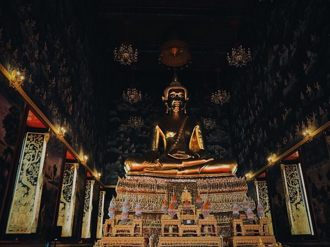 Art And Craft Religion Statue Human Representation Sculpture Architecture Place Of Worship Spirituality Ornate Low Angle View No People Built Structure Gold Colored Indoors  Day