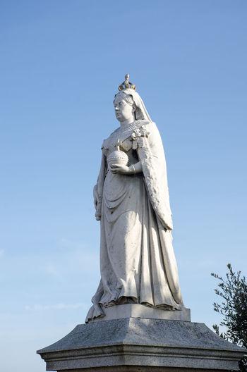 Statue of Queen Victoria Power Queen Victoria Dovercourt English Female Likeness Human Representation Old Sculpture Statue Stone
