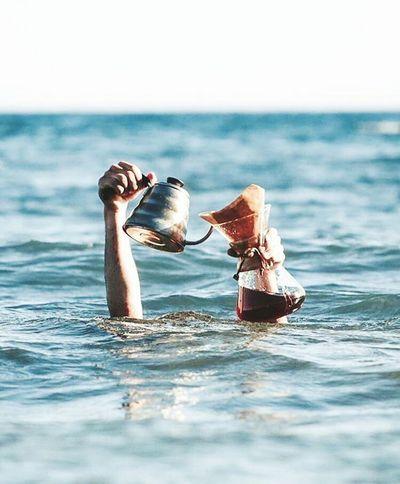 ستاربكس | Starbucks قهوة Starbucks Beach Water Sea Nature Summer Outdoors One Person Swimming Black Coffee Good Morning✌♥ Sky Good Morning Smile ✌ والله انك تتقهوى هههههههههههههه 😃😄😂
