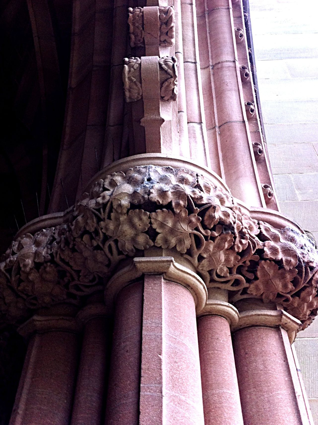 Hereford Cathedral Beautiful Stonework Carvings Open Your Eyes Architectural Detail Deceptively Simple Learn & Shoot: Leading Lines