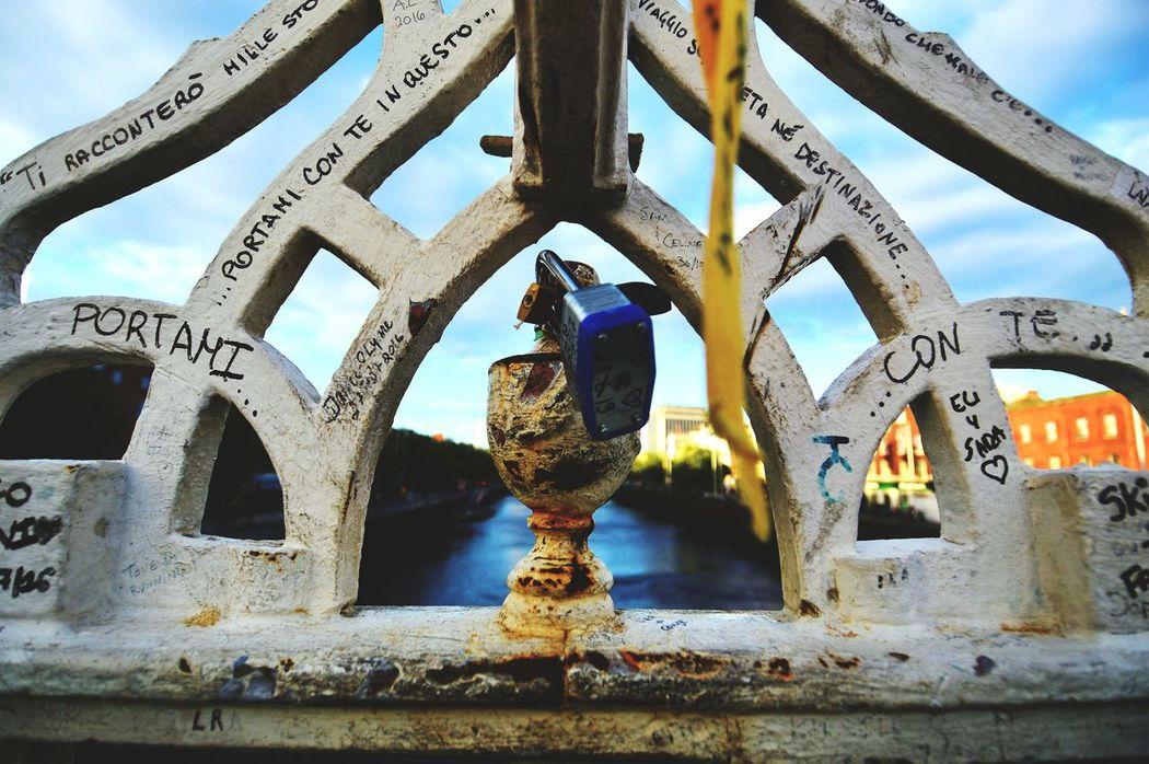 Built Structure Bridge - Man Made Structure Padlock Padlock's Bridge Padlocks, Lovers Locks, Promises, True Love, Romance Hapennybridge Dublin Dublin, Ireland Dublin Street Photography Dublin City Ilovedublin Igersdublin IGDublin VisitDublin Ireland Ireland🍀 Dublinbridges Liffeyriver Liffey Dublinstreets Dubliner