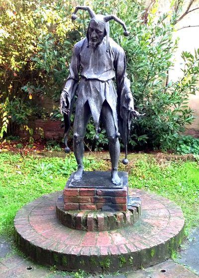 Rigoletto Duke Of Mantua Baritone  Duca Di Mantova Gilda Giullare Giuseppe Verdi Italy Jester  Mantova Opéra Outdoors Rigoletto Sculpture Statua Statue