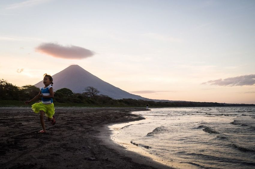 volcanic girl Volcano Nicaragua Tierra De Lagos Y Volcanes Escaping