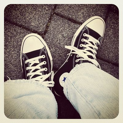 Mir ist heute nach Frühling! #schuhezeigen Gstar Chucktaylor Shoes Schuhezeigen Shoe Ctas  Hi Elwood Converse Jeans Allstarhi Chucks M9160 Black Ctashi Canvas Raw Schwarz Schuhe  Allstar