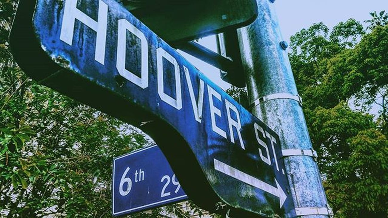 Hoover And Sixth Losangeles California USA La Blue Green Streetphotography Feel The Journey The OO Mission