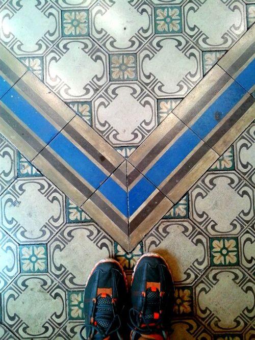 Azulejo Pisos Hello World Mosaic Floor Azulejos Tiled Floor Tiles Mosaic Tiles Ladrillos Ladrilhos Ondepiso Myfoot Brazil Rio De Janeiro Whereilive Pisohidraulico Brasil ♥ Nice Day Rio De Janeiro Eyeem Fotos Collection⛵ Hidràulic Relaxing Brasil Riodejaneiro Human Foot