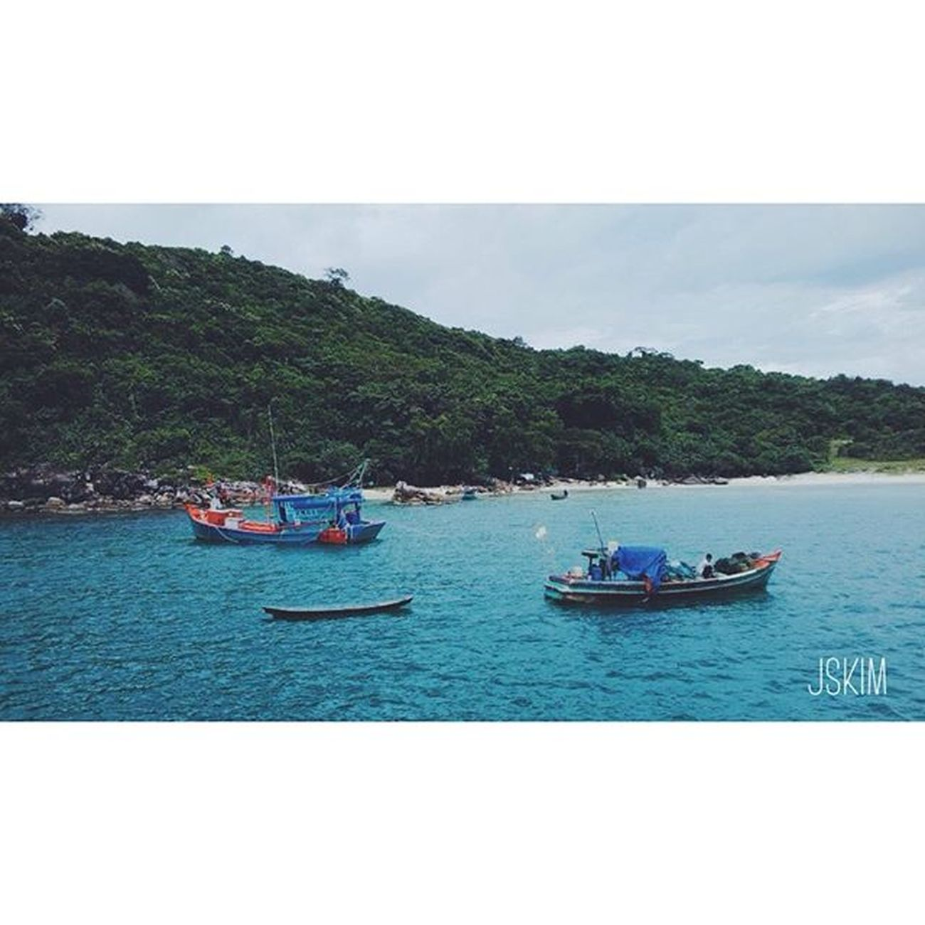 Diving in summer 👍👍👍 Vscocam VSCO Travel Sea Forest Island Vietnam Summer Diving Sky Piclab Fishingboats Travel