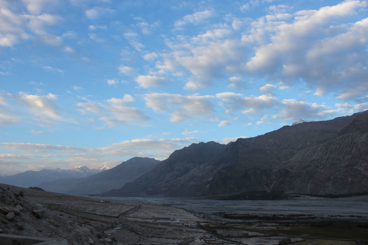 India NubraValley Leh Ladakh.. Morning Sky AddictionOfPhotography Ladakhdiaries Memories ❤ Highlands Check This Out No Filter Needed Mountains And Sky Landscapes With WhiteWall Heaven On Earth Joy Of Life Eye Em A Traveller Eye Em Best Shots Nofilterneeded Worldconnection Taking Photos Enjoying Life Worldheritage Travel Destinations
