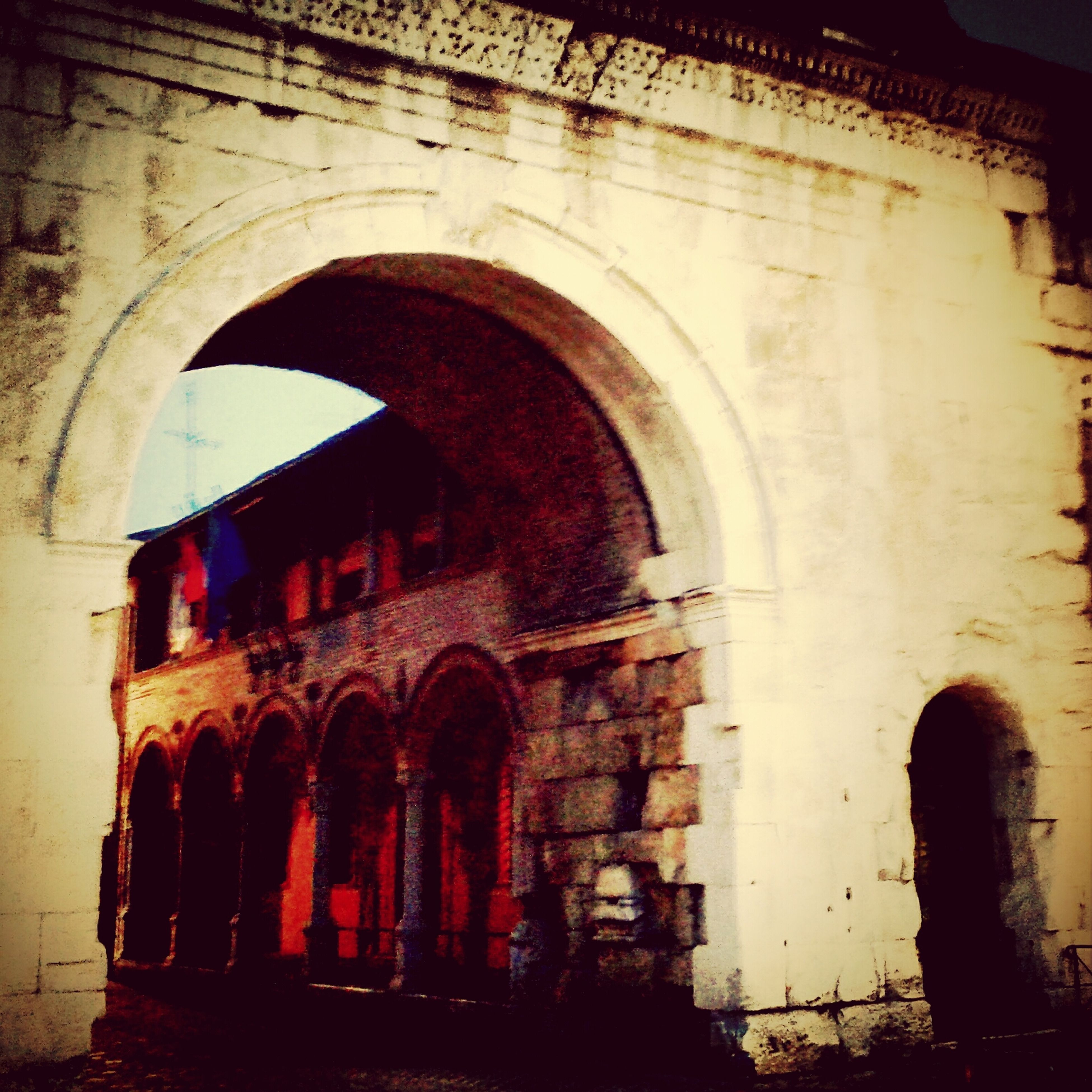 arch, architecture, built structure, building exterior, archway, old, indoors, arched, abandoned, building, window, tunnel, history, entrance, brick wall, weathered, damaged, obsolete, run-down, old ruin