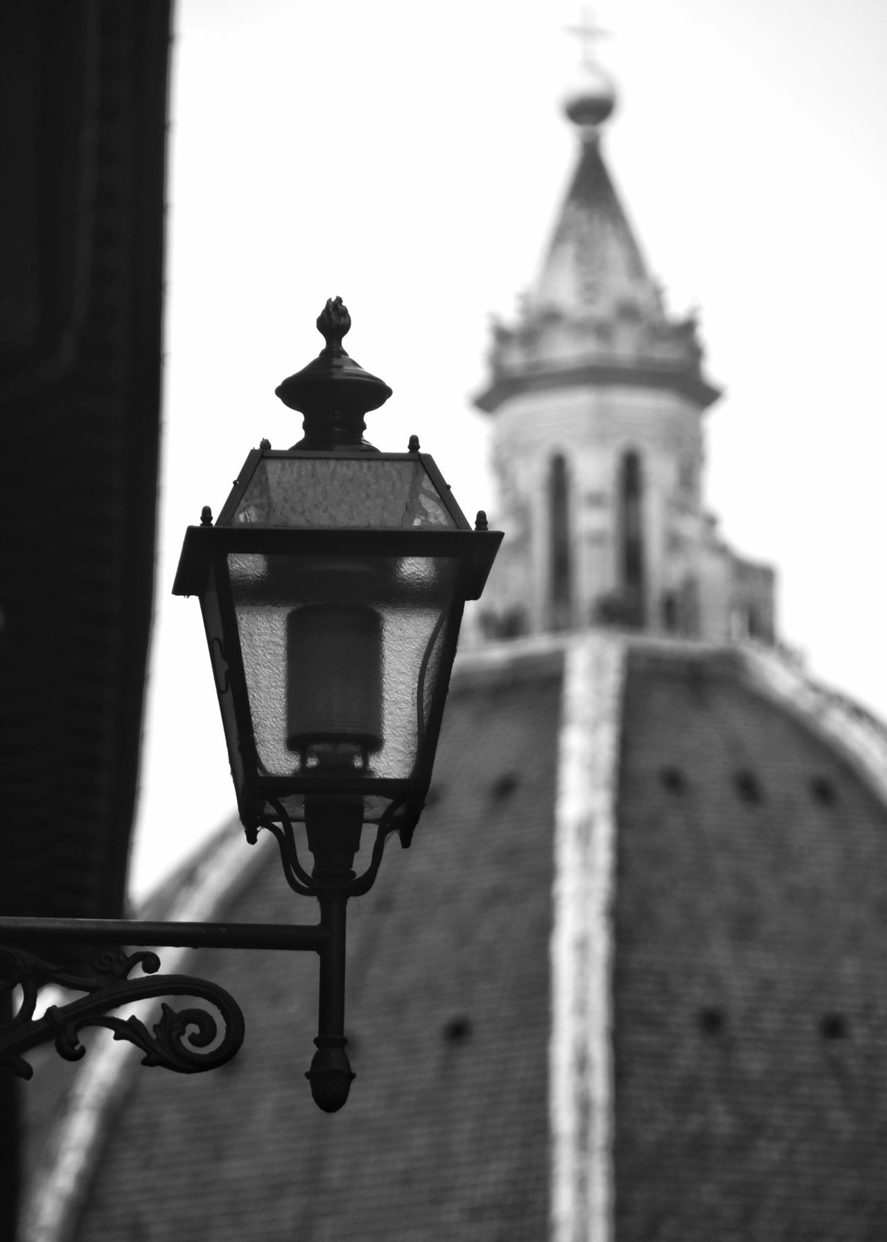 Full Length Streetphoto_bw Streetphotography Black & White Photography Black And White Street Photography Blackandwhite Photography Close-up Travel Destinations Architecture Firenze Built Structure Building Exterior The City Light