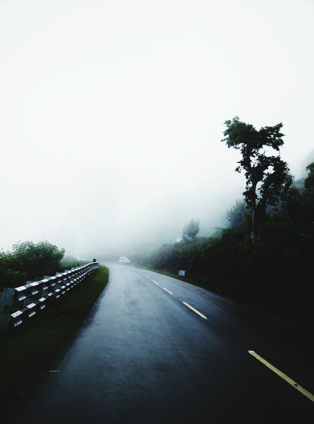 Kotagiri Mist Driving In My Car Driving Through The Hills Driving In The Mist Mobile Photography How's The Weather Today? Cardrive Lovely Weather Lovely Drive Home