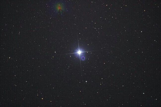 Vega. Taken with a canon 600d on a Skywatcher quattro on my NEQ6 mount Just a 30s shot. iso was 1600. Vega Stars Star Astrophotography Telescope Telescopes Astronomy Eyeem Starscape Starscape NEQ6