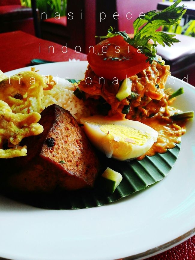 Hi! Hello World Breakfast ♥ @ Rumah Roemi Cafe And Pastry Jogjakarta Central Java, Indonesia. On Vacation