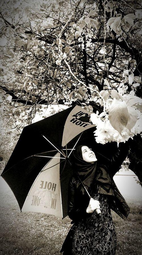 Spring Flowers Freegirl Beautiful Smile.  Pure Beauty KindHeart