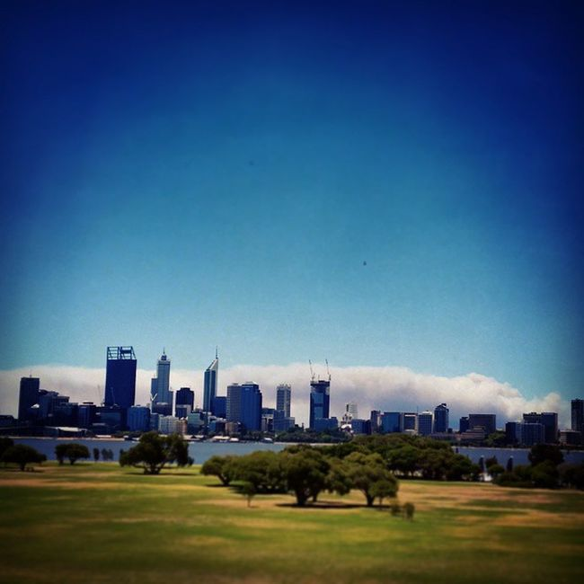 You know it's summer in Perth when... Bushfire Perthlife Perth_life Cityviews summer summertime fire smoke summerinperth bushfireseason hopefullynooneisintrouble bullsbrookfire