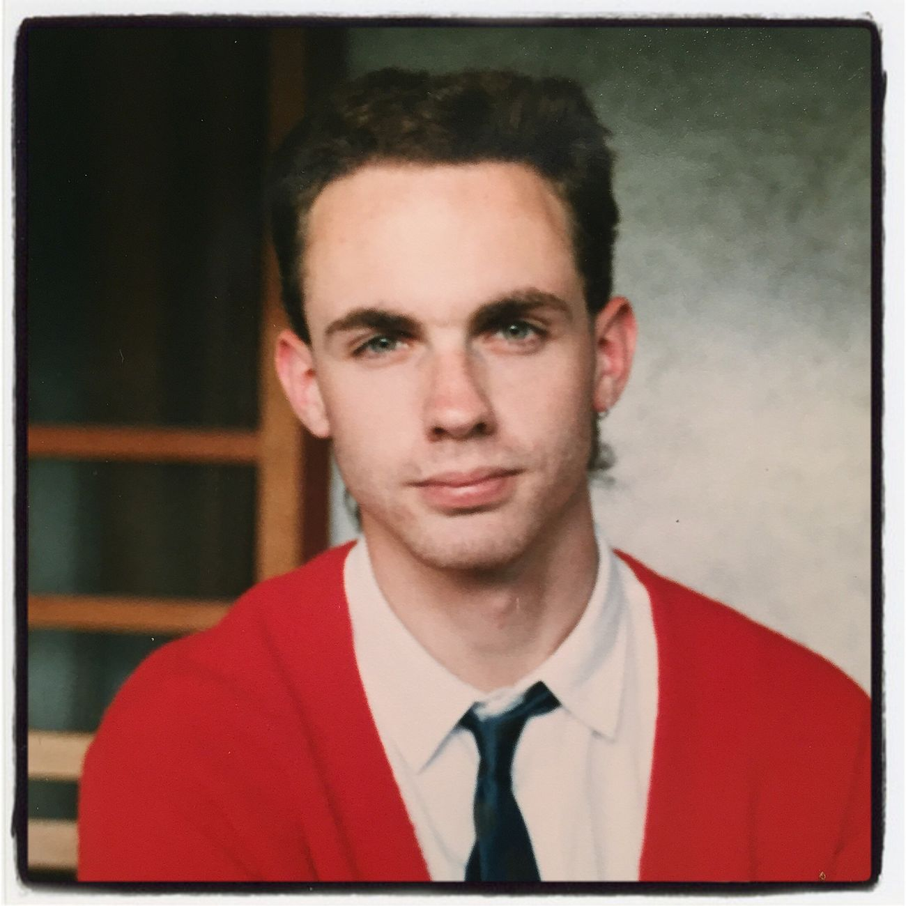 Greetings from the 1980s. I'm guessing early '86, making me 19 going on 20. Er, I mean 18 going on 19. Explains why I was a Liberal Arts major in college. Looking At Camera Portrait Real People One Person Front View Head And Shoulders Headshot Young Adult Indoors  Close-up Day
