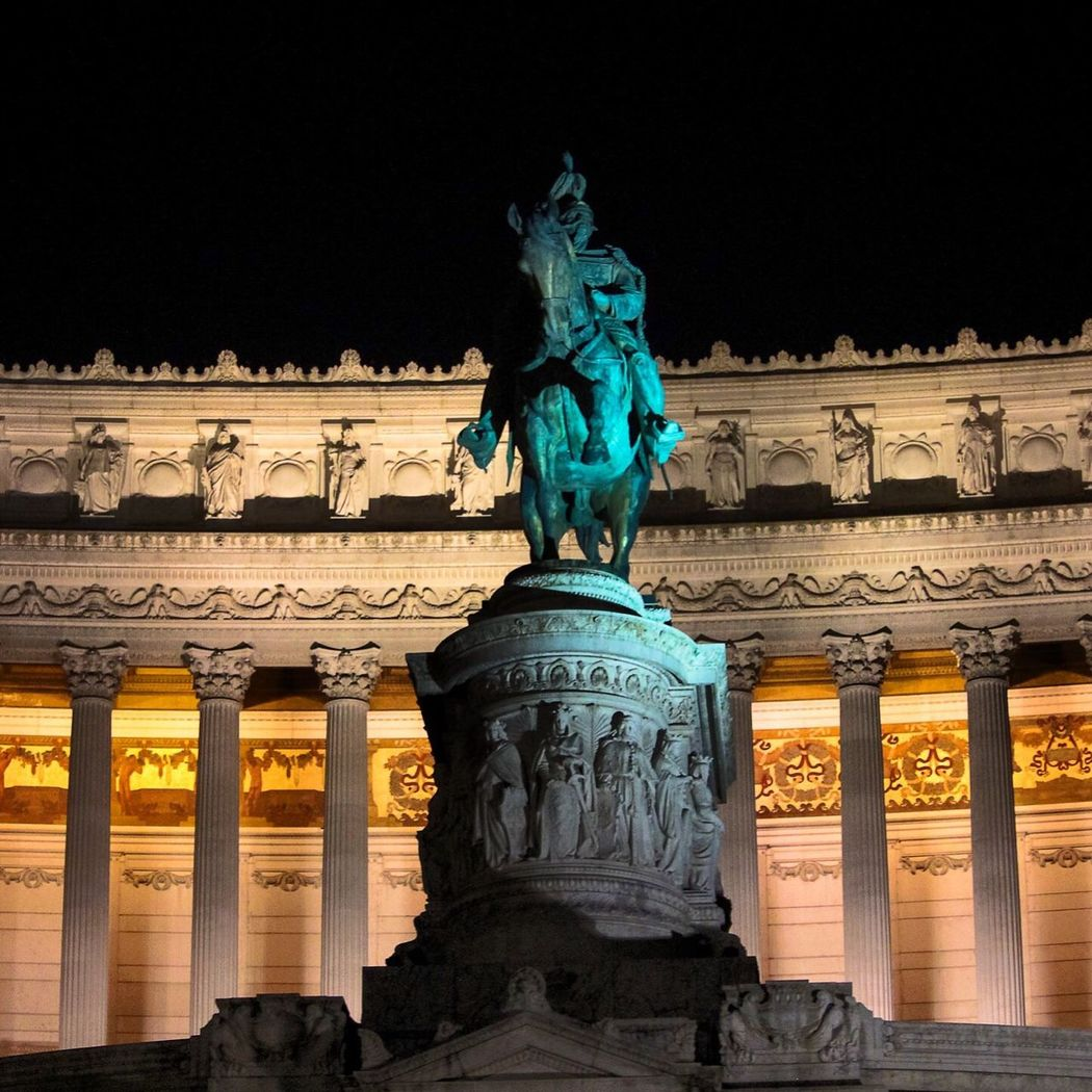 Rome Rome Italy Roma Roma Citta Eterna Altare Della Patria Rome By Night I Love My City Roma By Night Eyeemphoto