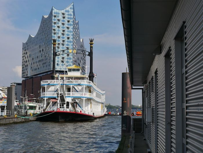 Abgesperrt Architecture Beautiful Building Exterior Built Structure Elbphilharmonie Famous People Famous Place G20 Hamburg Hamburg Harbour Hamburger Hafen Mississippi Dampfer Music Musik Nautical Vessel Nice Niederhafen Oper Operahouse Proud Raddampfer Small People Stolz Transportation Überseebrücke The Week On EyeEm Your Ticket To Europe