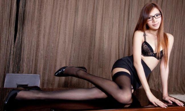 お疲れさまでーす セクシー お姉さん 春香 あしたも お仕事 がんばりましょー Japanese Girl 脱がされ 系 ミニスカ ミニスカート ガーター ニーハイ