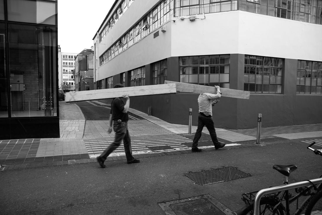 Menatwork Architecture Buildings Streetphotography Real People Working