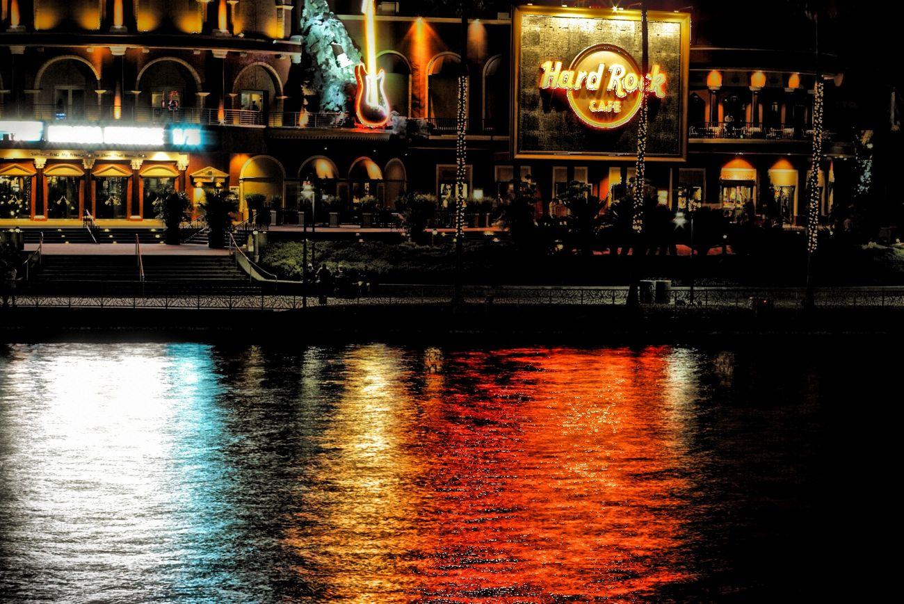 That CityWalk vibe. Night Lights Universal Studios