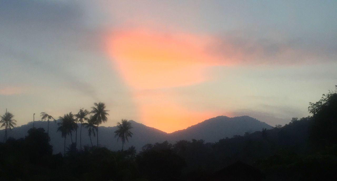 Tiomanisland Tioman Tioman Island Juara Beach Sunset Sunset Over Mountains Jungle Moody Sky Paradise
