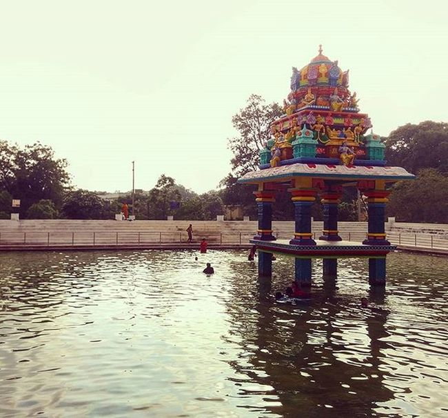 Take a holy dip! Lifeinshots Indian India Lifeinindia Holydip Koneru Penchalayyakona Templetales Temple Morning Friday Follow Followback Followme Likeforlike Like4like Checkmyinstafeed F21THREADSCREEN