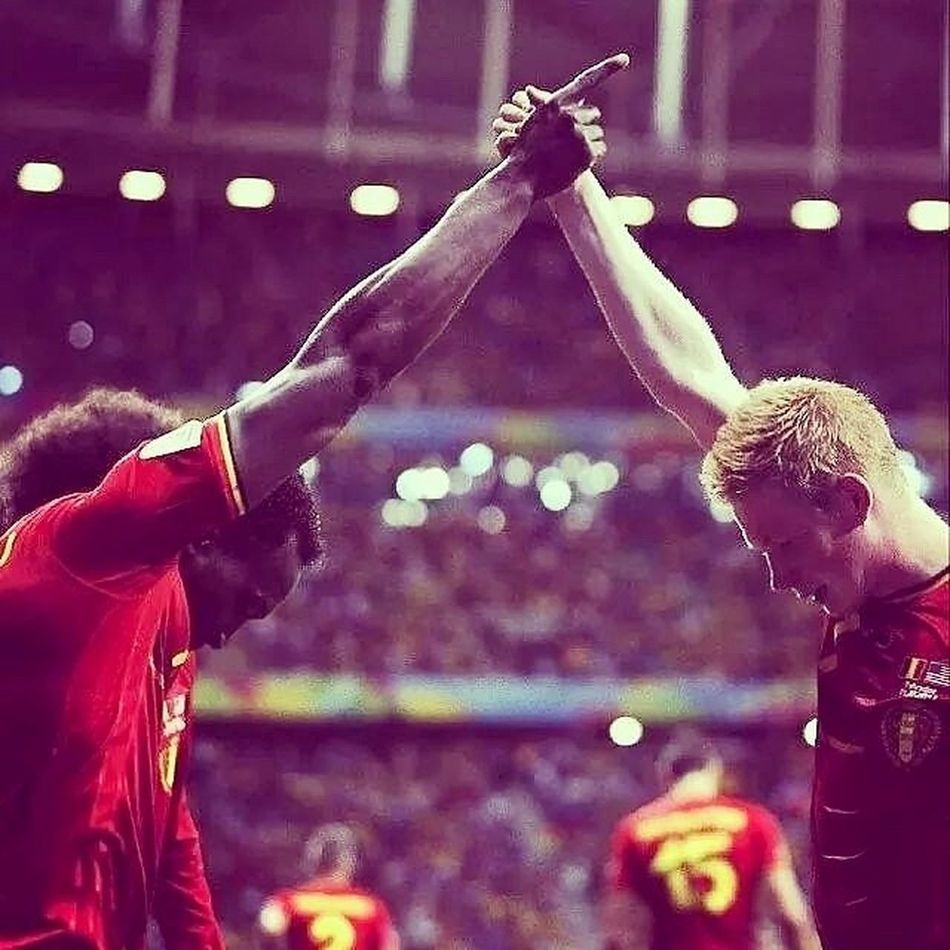 Belgians strickers Belusa WCup2014 Worldcup Cup brazil football ball pass TagsForLikes footballgame footballseason footballgames footballplayer instagood Belgium winner photooftheday strickers strong touchdown TFLers catch Chelsea fit nfl kickoff run big times bigtimes