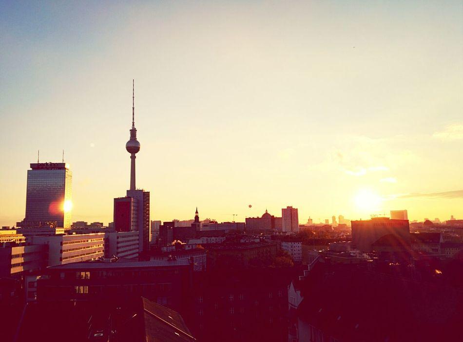 Golden Hour Sunset Chilling Soistberlin