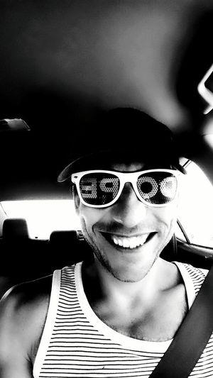 Scariest villian face ever. Creepypasta Creepy USA Selfie ✌ Selfies Sunglasses👓
