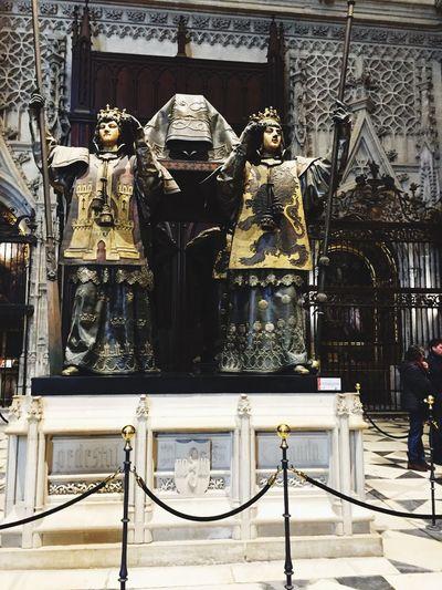 Human Representation Statue Architecture Sculpture History Museum - Tomb Of Cristophoro Columbus.