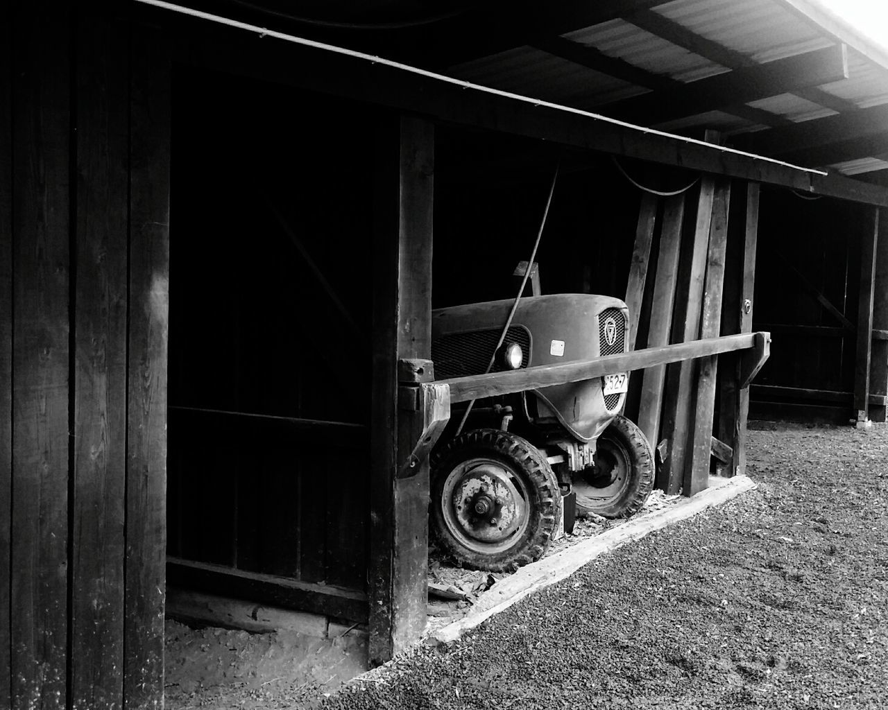 Old Tractors Old Machines Machines Tractors Black & White