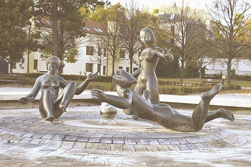 Venus Venus Sculpture Bronze Art Woman Fontana Park Fountain Beauty Look Slovakia Slovensko Bratislava City Prezidentsgarden Garden Umenie