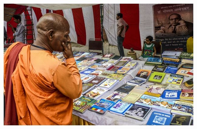 Monk  Buddhist Monks Bookstore Decision Making Decisions Looking At Things Confusion