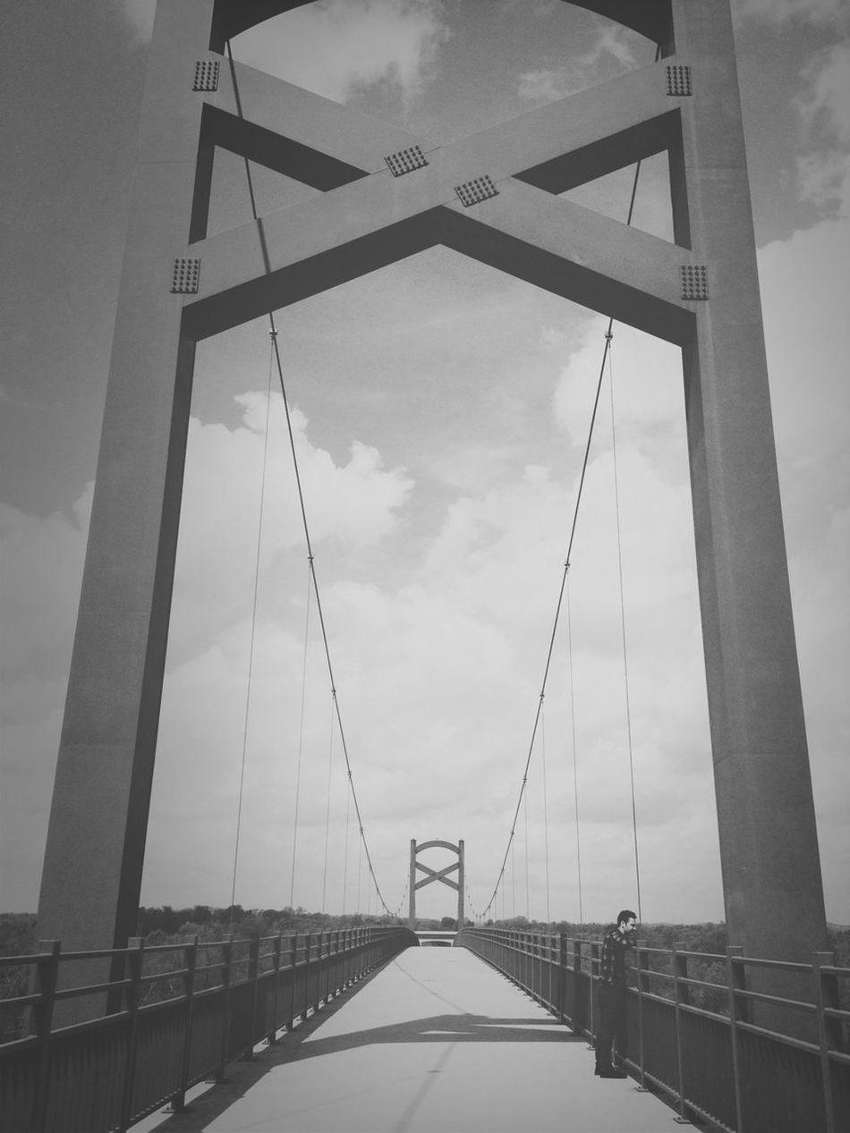 Blackandwhite Bridge AMPt - Shoot Or Die AMPt - Vanishing Point