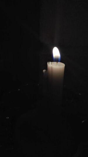 Candle Candlelight Darkness And Light Night Nightphotography Night Lights Lovely Iran♥ Mobilephotography Mobilephoto Moharram شام_غریبان شام_غریبان شمع آرزو حاجت خدا God