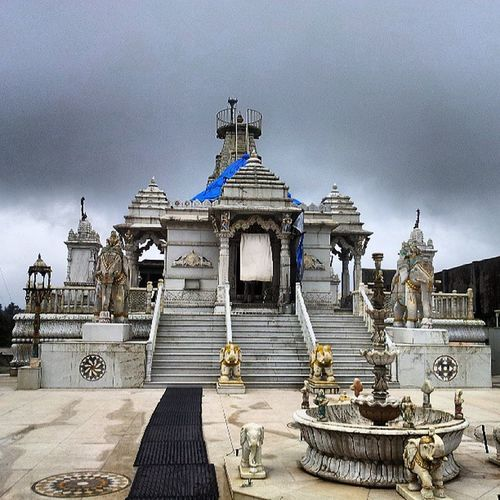 MUNISURATHSWAMIJainmandir Derasar Tirththankar Triloknath lonavlanearGREENLANDDELOISExpressway