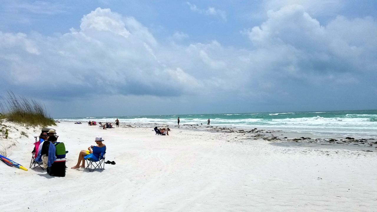 Beach Sea Sand Horizon Over Water Sky Water People Day Blue Nature Cloud - Sky Outdoors Vacations Full Length Adult Gulf Of Mexico Vacations Relaxing In The Sun Tranquility Beachday Beachbum Beach Photography Beach Life Beach Day Beach Reflection_collection Sunglasses
