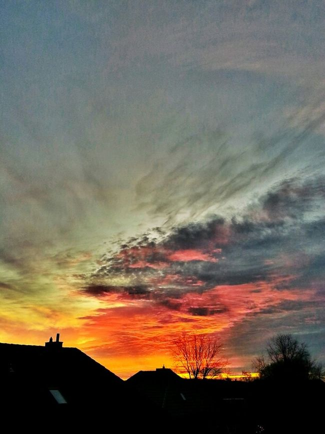 in the sky is no limit... of beauty ;) Sunset Sonne Himmel Fotografie Pics By Mr_badabing Sun
