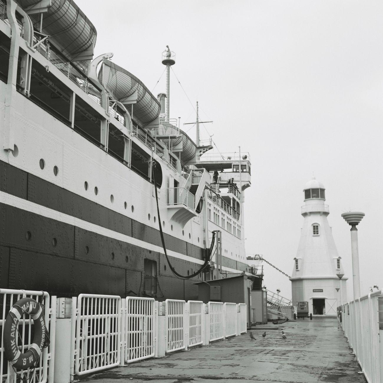 初めてのローライコードでの撮影 Rolleicord Film Photography Monochrome Blackandwhite Yokohama Taking Photos Hello World ローライコード EyeEm Best Shots Eyeemphotography