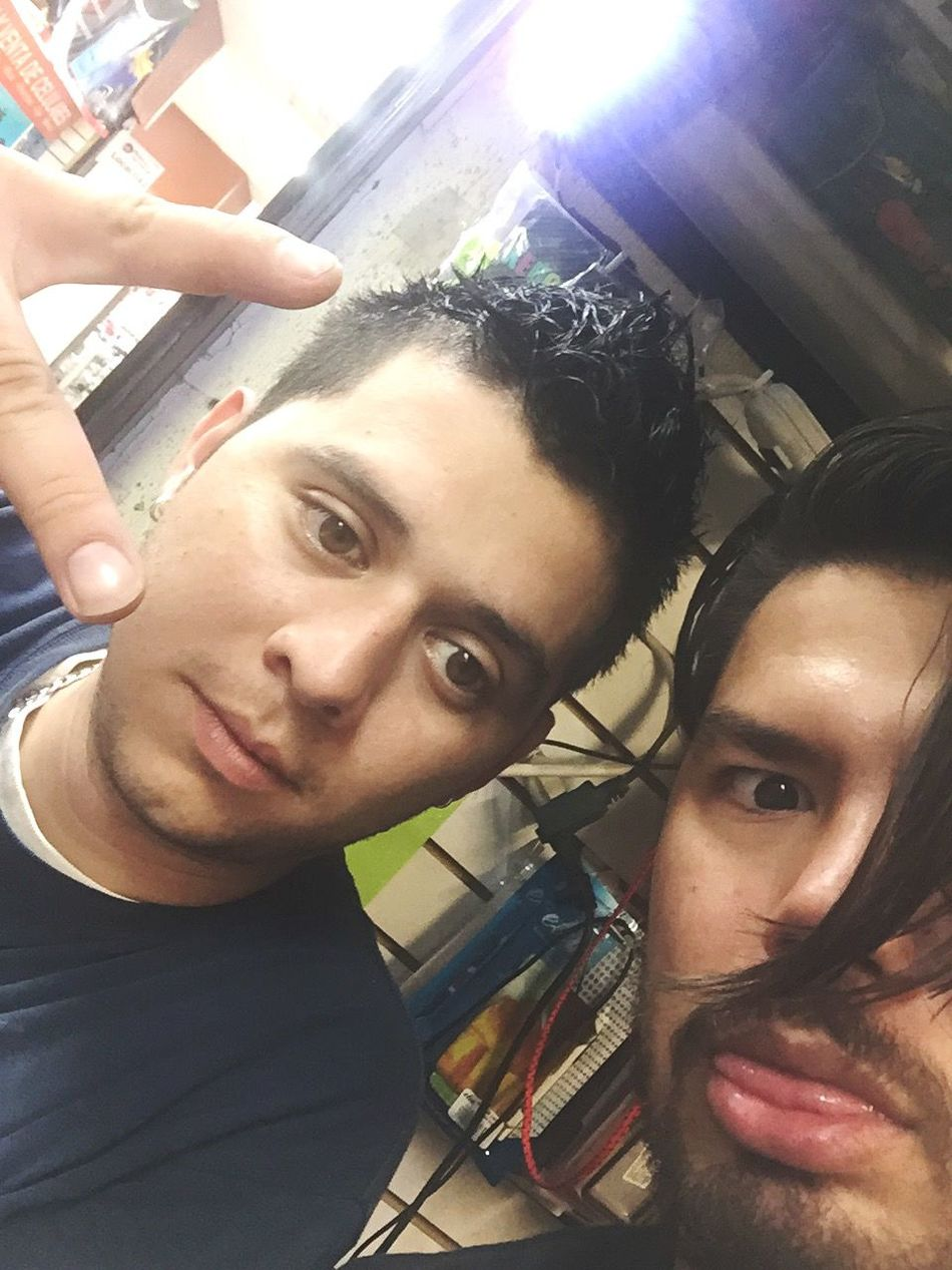 Mios 💕💕💕 Friends Ilovehimsomuch Ilovehim Mexicanboy Myfavoriteboy Paradise ❤ MyBoys