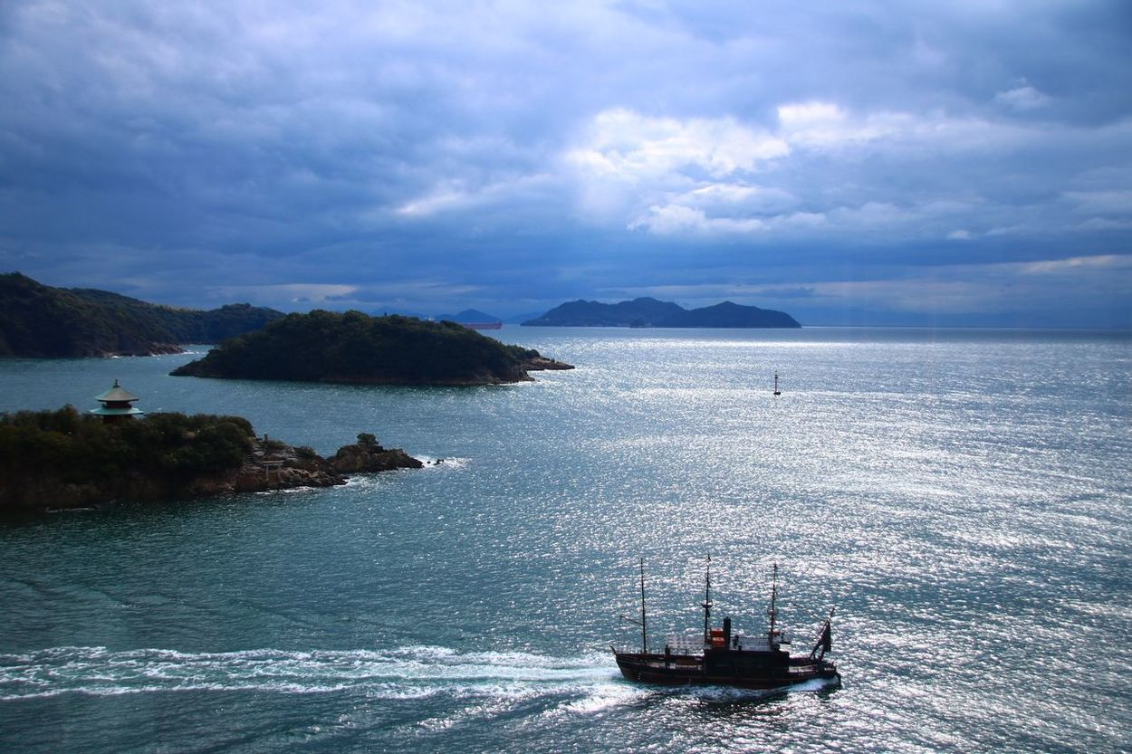 Nautical Vessel Sea Transportation Moored Beauty In Nature Astrology Sign Outdoors Cloud - Sky Mountain Scenics No People Cruise Ship Day Yacht Hiroshima,japan Ocean View Ocean Photography 鞆の浦 ファインダー越しの私の世界 写真撮ってる人と繋がりたい カメラ好きな人と繋がりたい