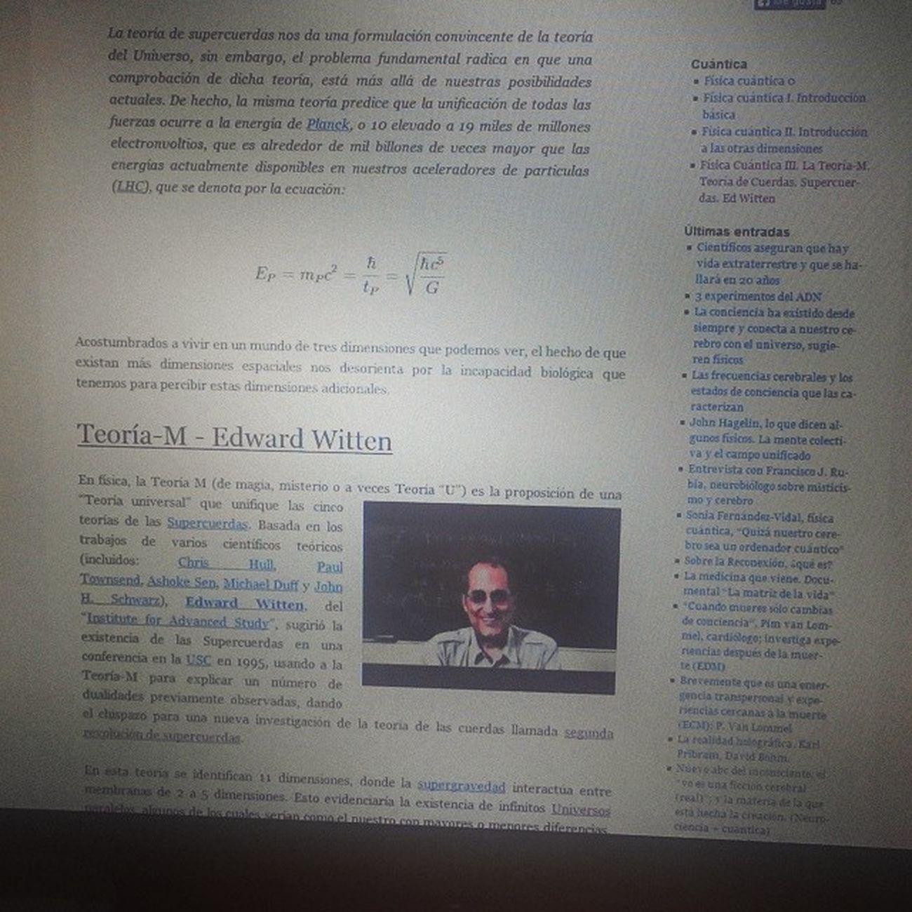 Ramanujan sentó las bases en algunos aspectos de la teoría de cuerdas del modelo m de Ed Witten! Cuerdas M Ramanujan Witten