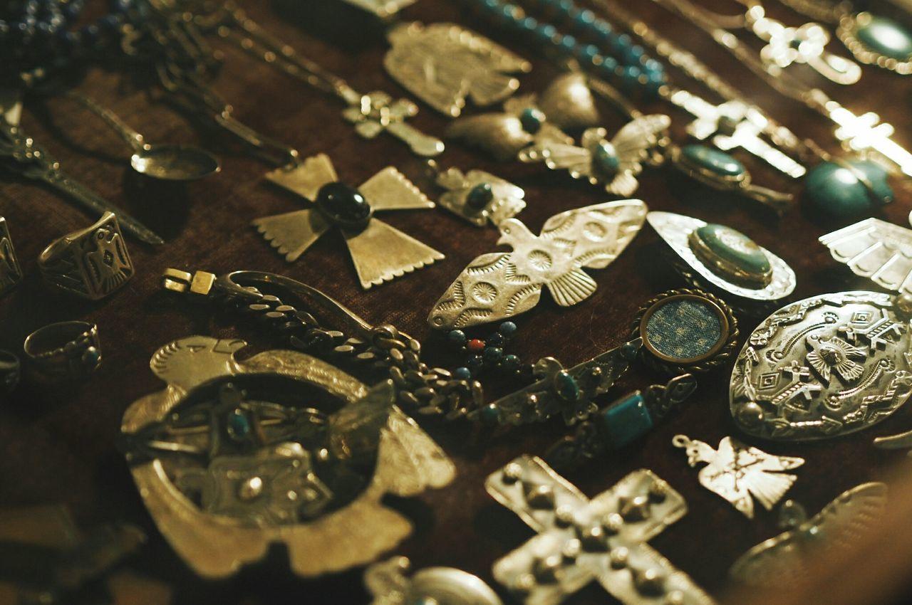 Close-up Navajo Vintage Stuff Sterling Silver Sterling Thunderbird Indian Fleamarket Bangkok Thailand. Photography
