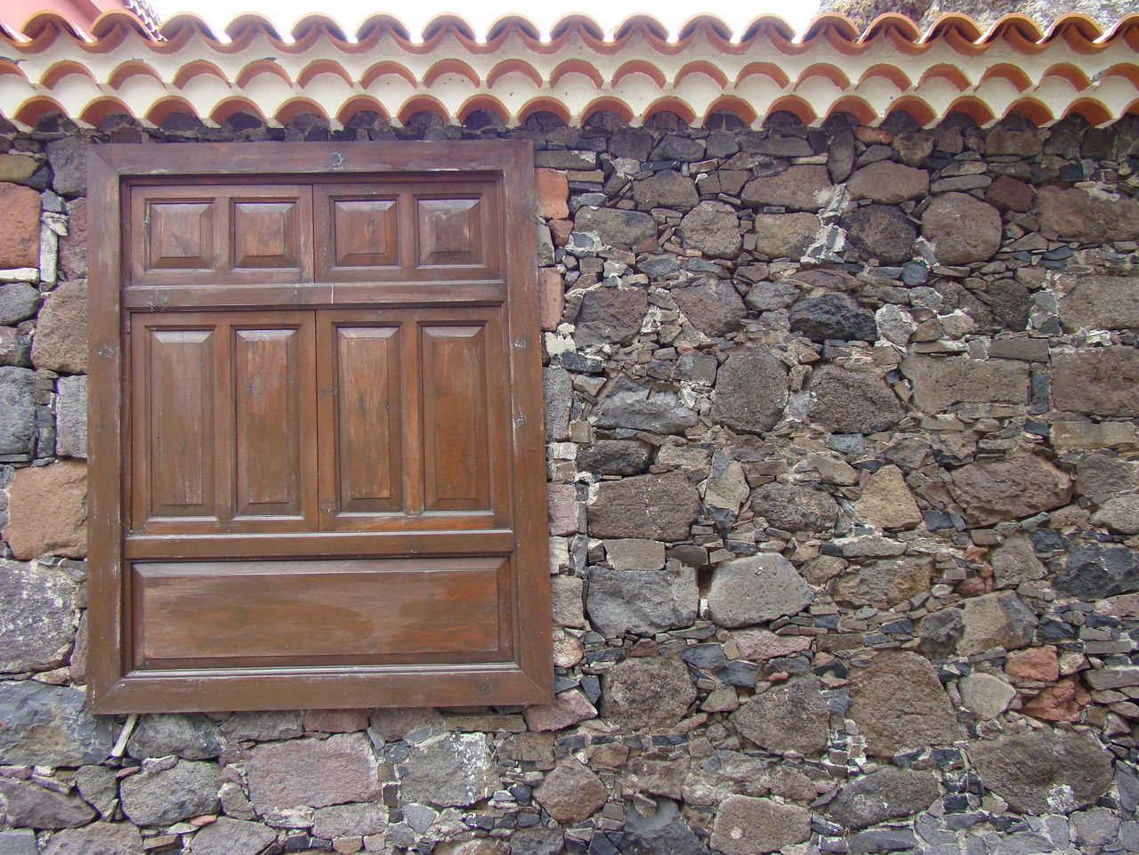 Architecture Building Exterior Closed Windows Door House Old Architecture Old Tradition Architecture Stone Material Stone Walls Tenerife Island The Walls And Windows Window